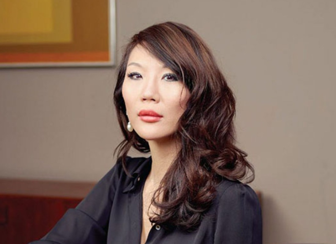 How Women Are Spearheading The Art Industry - Comments From London's Olyvia Kwok - YPIA Blog